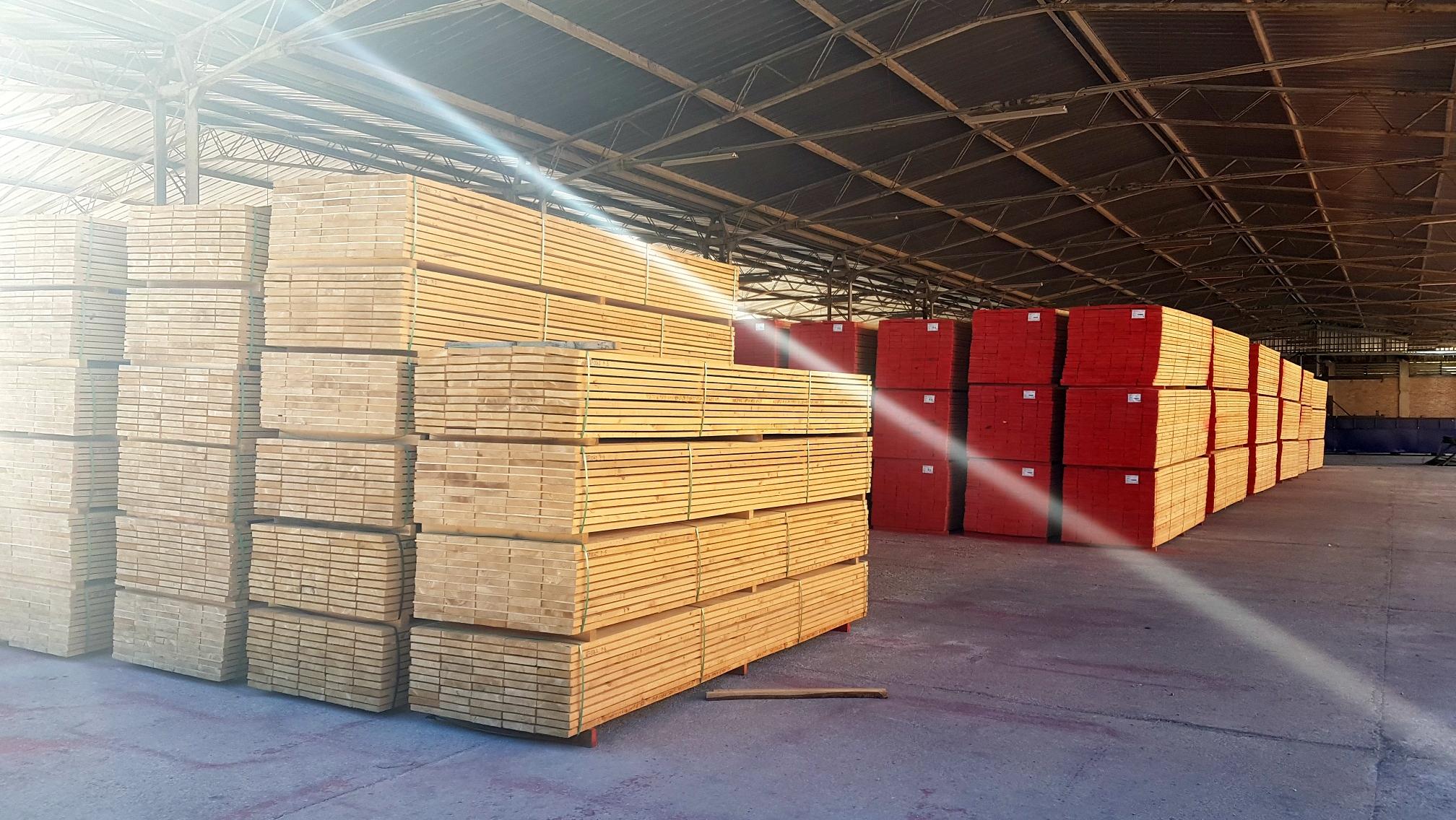 Terminal za prekrcaj drvene građe